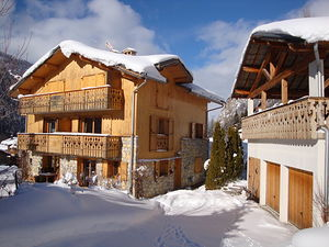 Location 1er étage d'un beau chalet photo 2