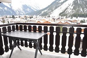 Location Bel emplacement avec balcon ensoleillé photo 8
