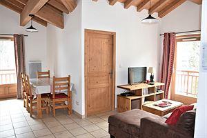 Location Au dernier étage avec deux balcons photo 1
