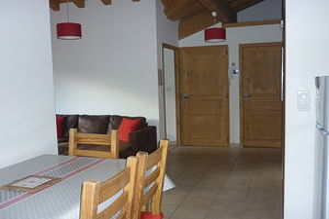 Location Au dernier étage avec deux balcons photo 5