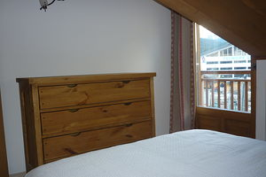Location Au dernier étage avec deux balcons photo 8