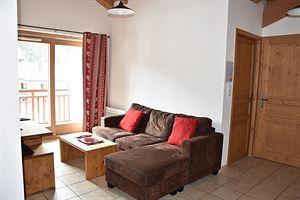 Location Au dernier étage avec deux balcons photo 9