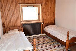 Location Grand appartement dans chalet photo 10