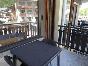 Location En plein centre avec balcon photo 13