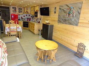 Location Atypique et cosy - Près de la télécabine photo 3