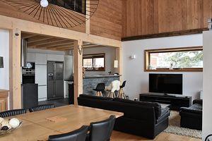 Location Très beau chalet récent - Intérieur chaleureux et moderne photo 1