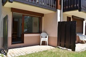 Location Dans résidence avec piscine en été photo 9